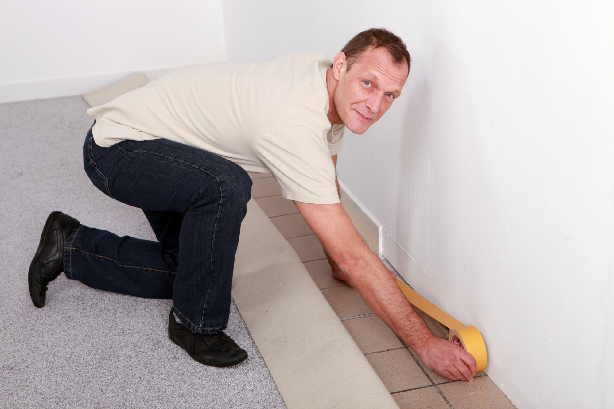 5 Telltale Signs It's Time to Replace Your Home's Carpet