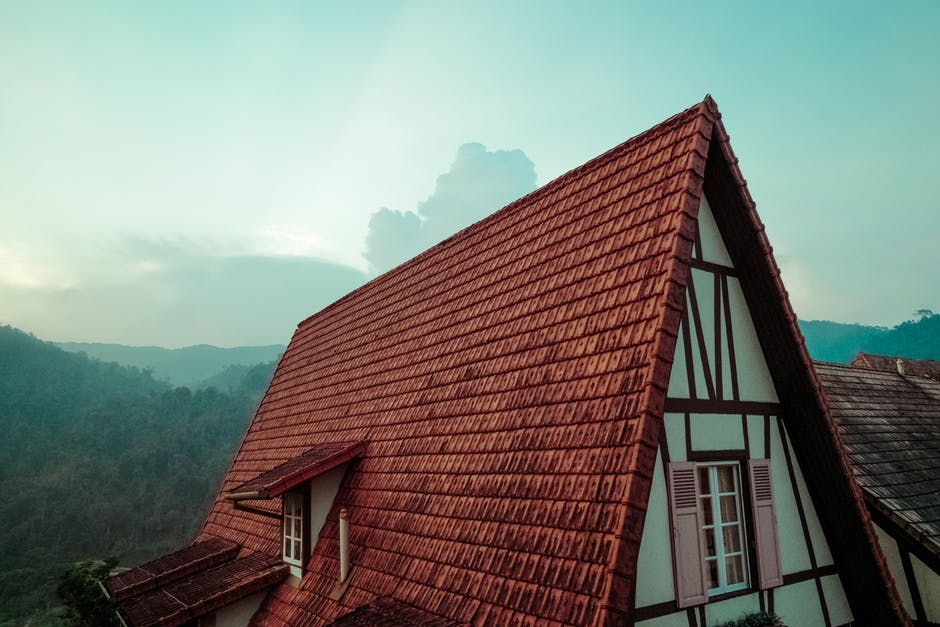 6 Roofing Tips to Maintain the Health of Your Roof All Year Round