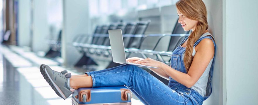 Top ways to kill downtime while travelling on a budget