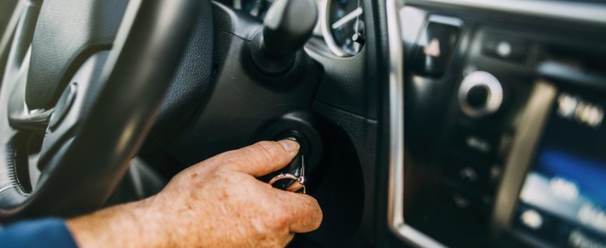 Common symptoms that show that your car needs ignition lock key cylinder replacement