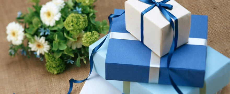 Great Gifts for the Best People in Your Life