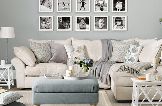 3 Tips For Displaying Family Photos In Your Home