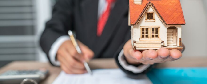 Six Do's And Don'ts For When You're Applying For A Mortgage